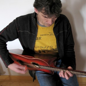 guitaretriangle2007_08